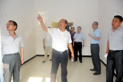 学校首页 学院动态 综合新闻 正文  8月14日,党委书记,校长刘建林图片
